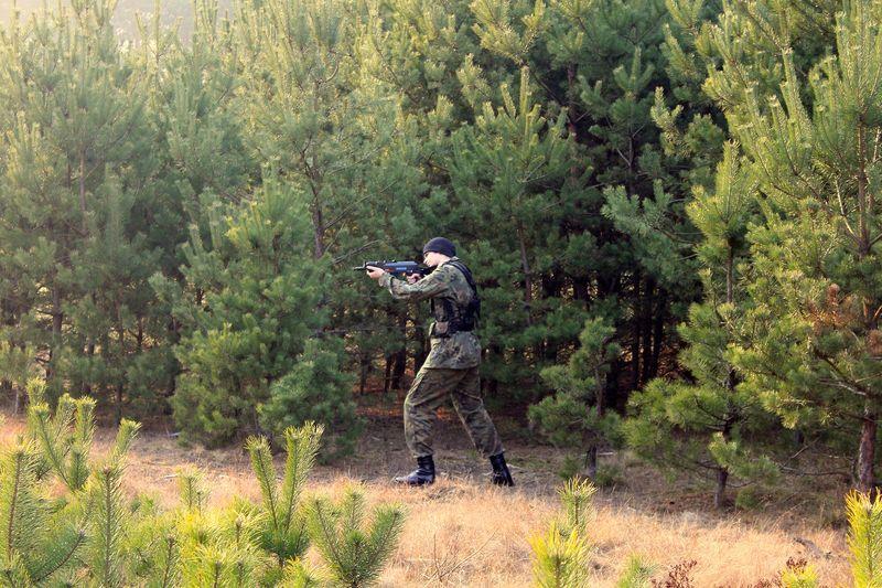 Zajęcia terenowe z taktyki wojskowej